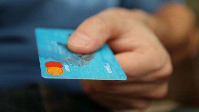 Σύγκριση πιστωτικής, χρεωστικής και προπληρωμένης κάρτας